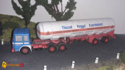 SCH110 RABA 853 GAS TRAILER